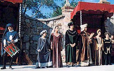 Monteriggioni costumed fair